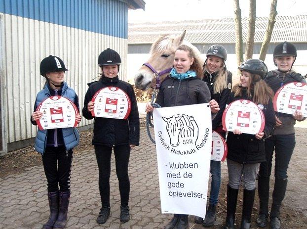 Lotterisælgere fra Sydjysk Rideklub Rødekro
