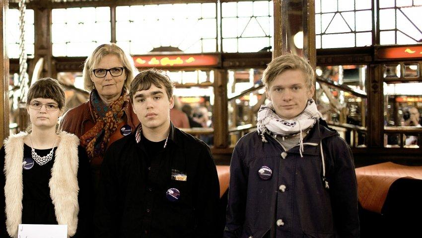 Birgit Jensen og tre anbragte børn