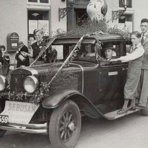 Der var mange måder at gøre sig synlig på til det årlige Børnehjælpsdags optog i 1934
