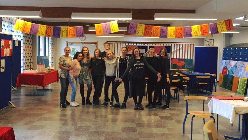 Indsamling-ungdomsværn-skoleelever-Børnehjælspdagen