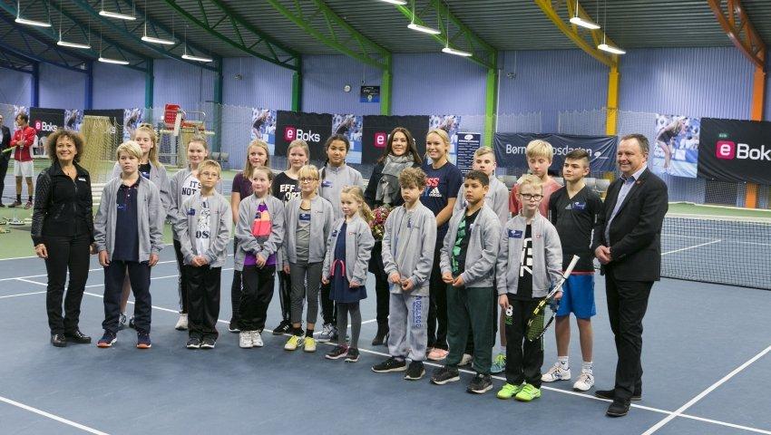 Alle deltagerne, der var med til tennis-eventen i 2015.