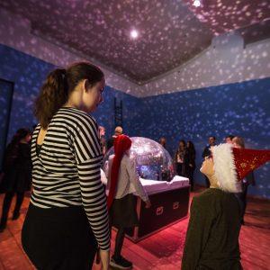 Kunstinstallation på kunstmuseet HEART i Herning til Børnehjælpsdagens Julefest 2016