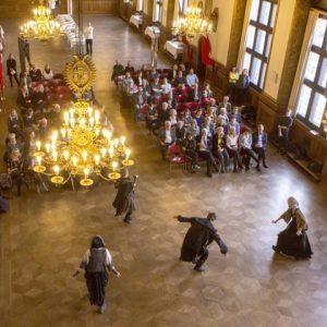 Eventyrteatret til prisuddeling på Københavns Rådhus