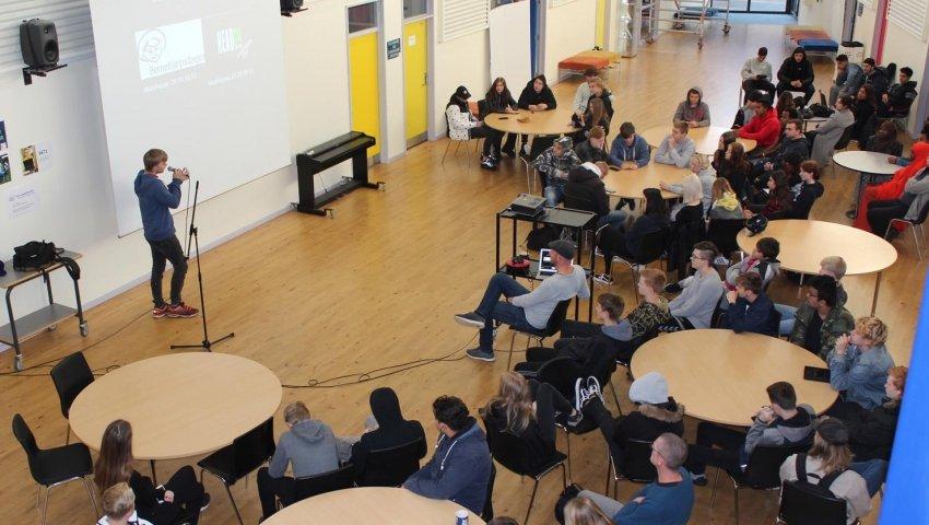 Ikast Ungdomscenter er med i Børnehjælpsdagens Ungdomsværn