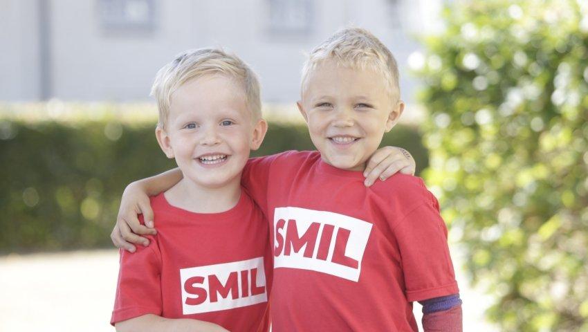 NOMINERET: SMILfonden er nomineret til Børnehjælpsdagens Lillebror Pris 2019