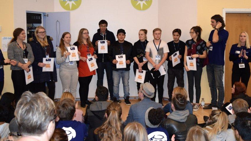 De unge deltagere fra Børnehjælpsdagens Empower4u