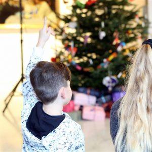 Julefest for anbragte børn på Kunsten Aalborg